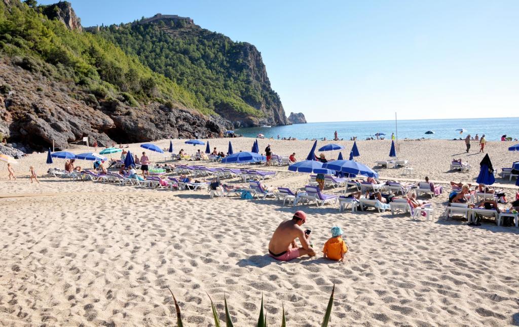 Antalya Alanya Damlatas Beach
