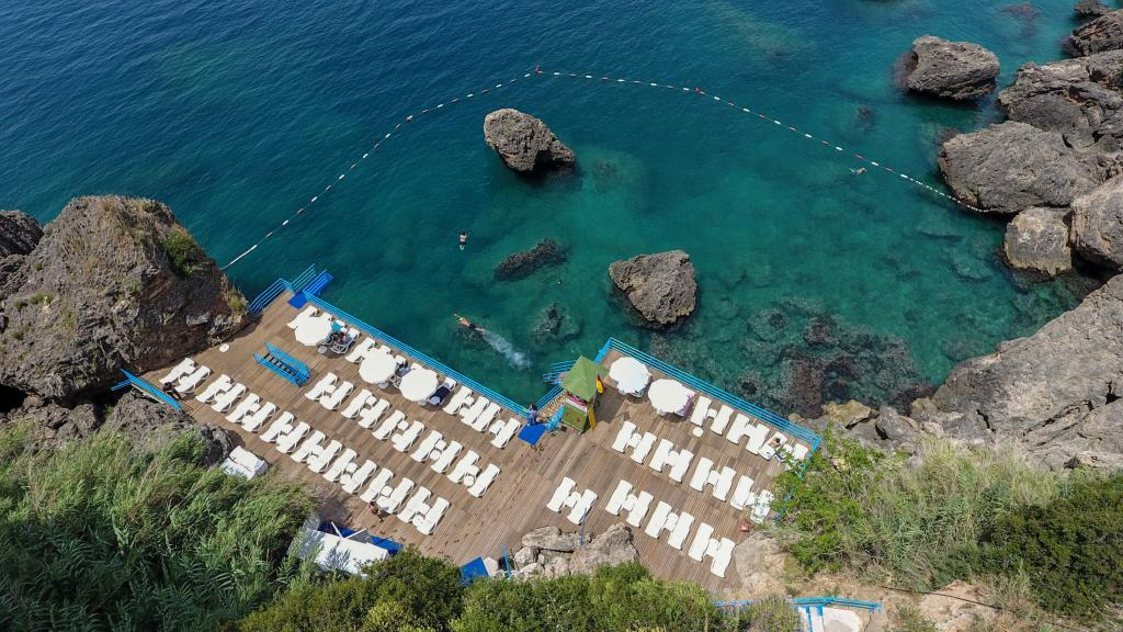 Antalya İnciraltı Beach