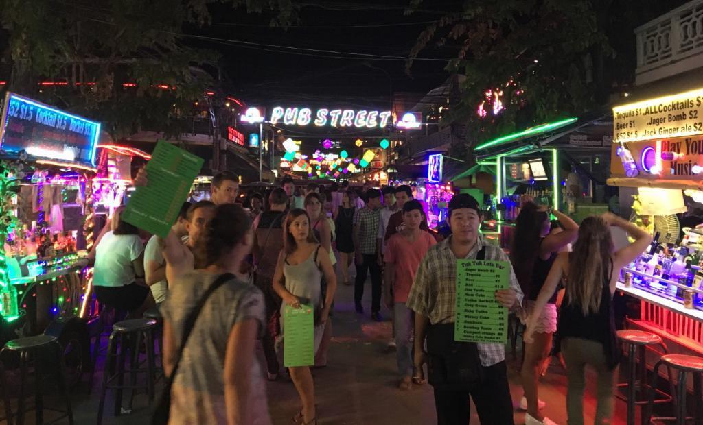 Kusadasi Bar Street