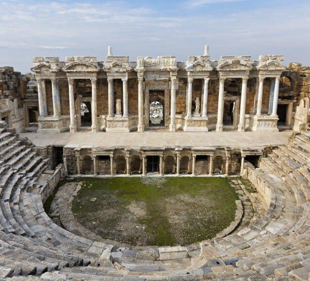 Excellent Historical Tour in Hierapolis Ancient City!