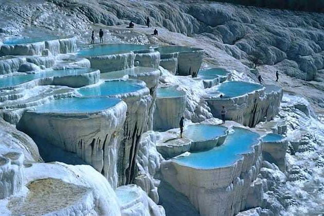 Pamukkale Travertines: A Unique Thermal Experience