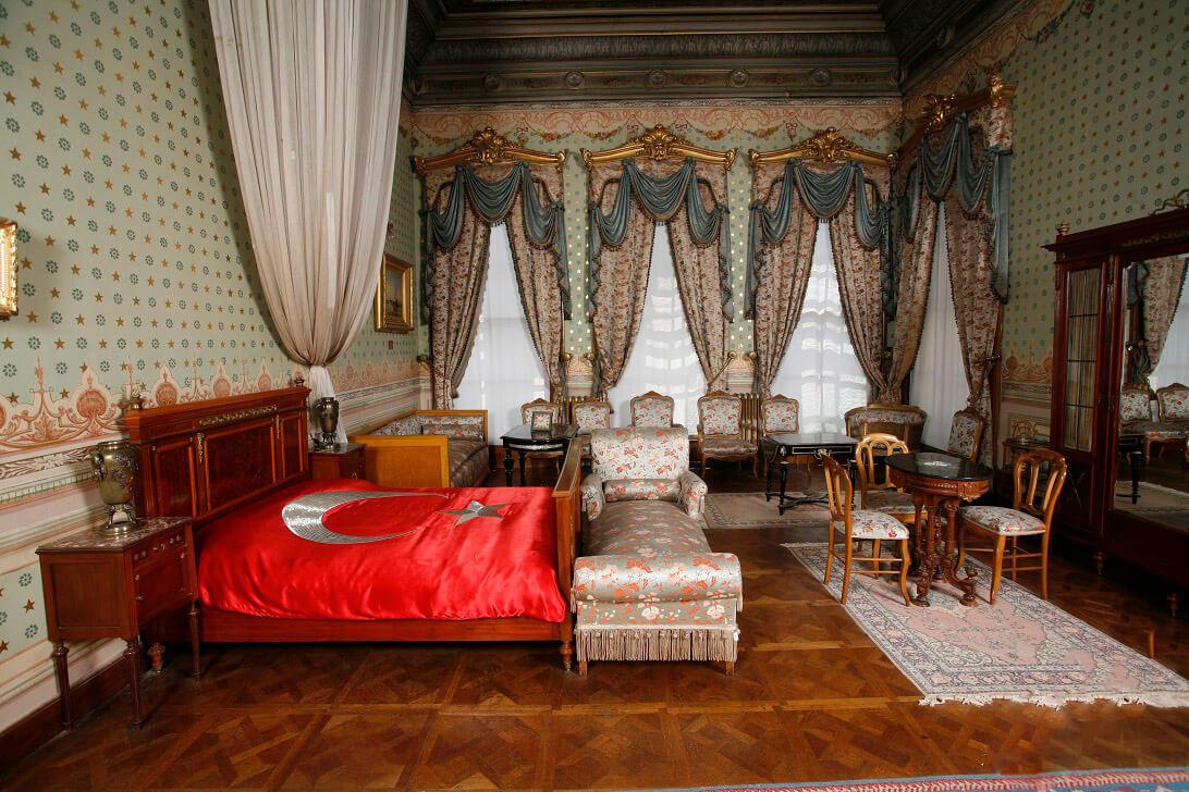 Dolmabah 231 E Palace Turkey Destinations By Toursce