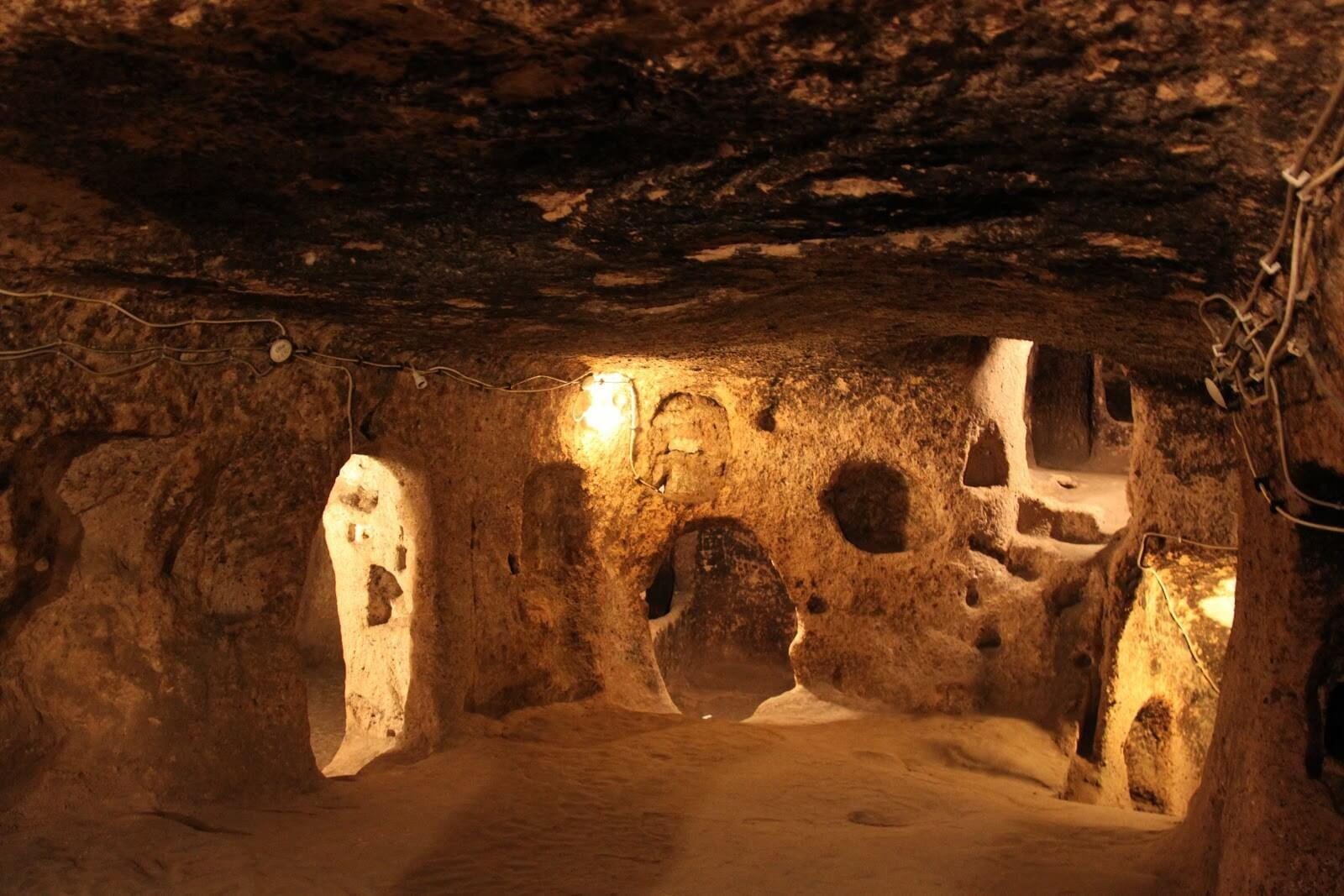 Ozkonak Yeraltı Sehri / Avanos-Cappadocia