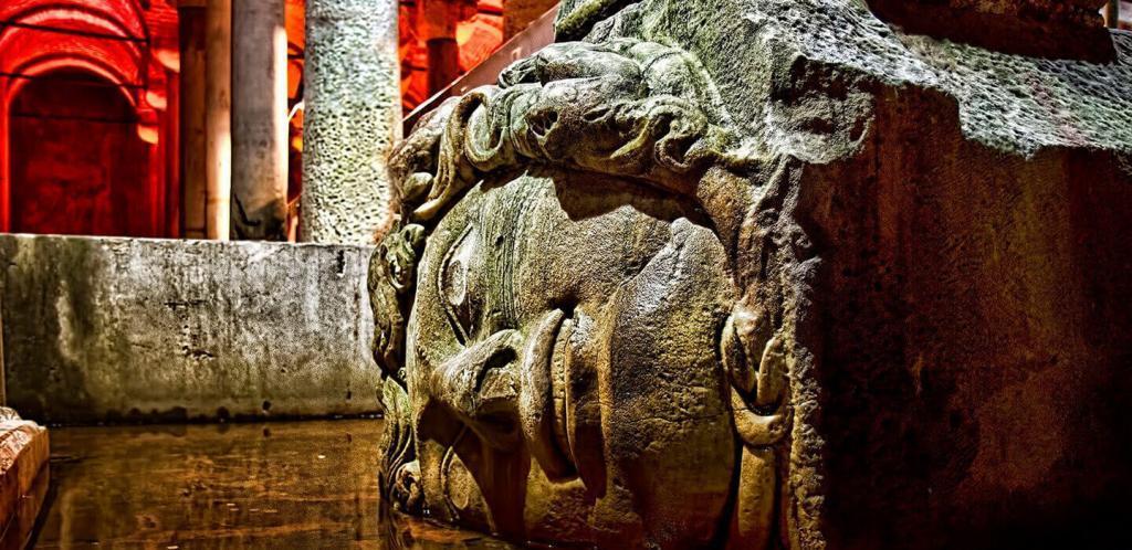 Medusa's Head / Basilica Cistern