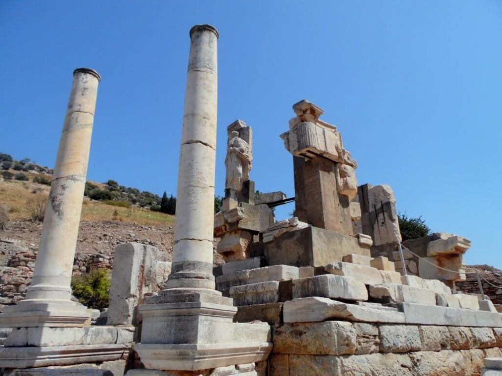 Hydreion Fountain / Ephesus Ancient City