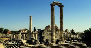 Temple of Apollon / Didyma Ancient City