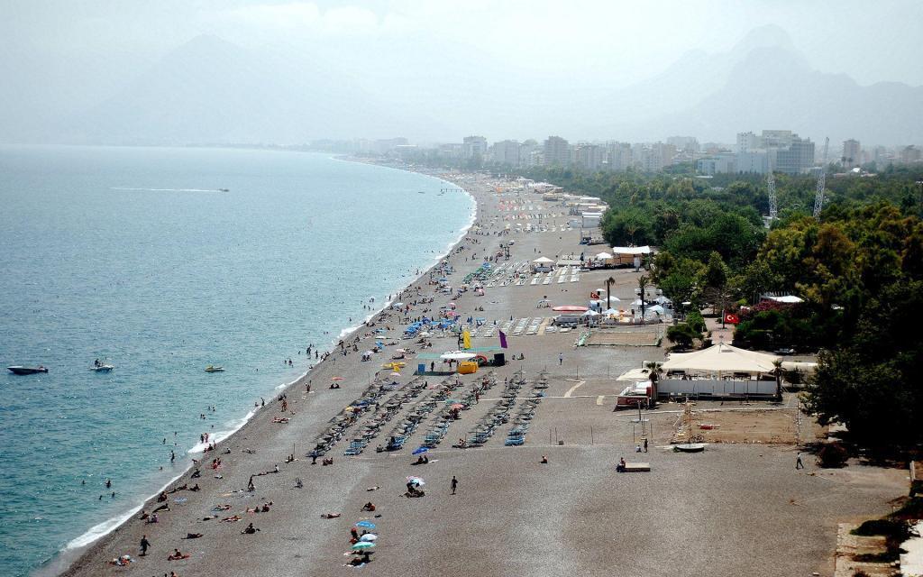Antalya Konyaalti Beach