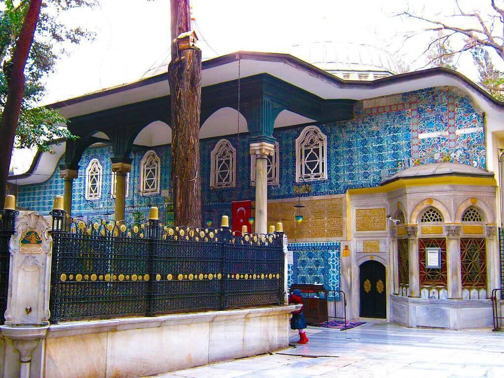 Ayyub Al Ansari Tomb in Eyup Sultan Mosque